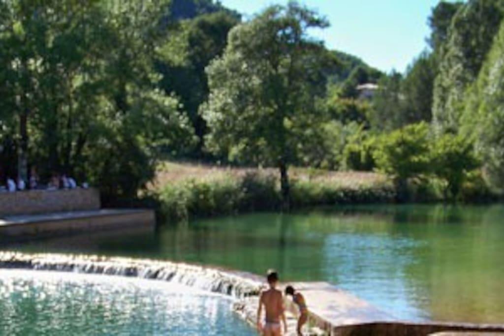 la muie het prachtige zwembad van Salernes