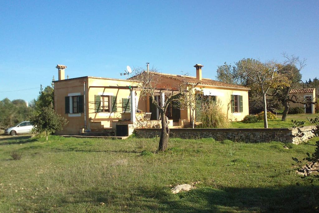 Casa de campo rodeada de naturaleza casas en alquiler - Hoteles casa de campo madrid ...