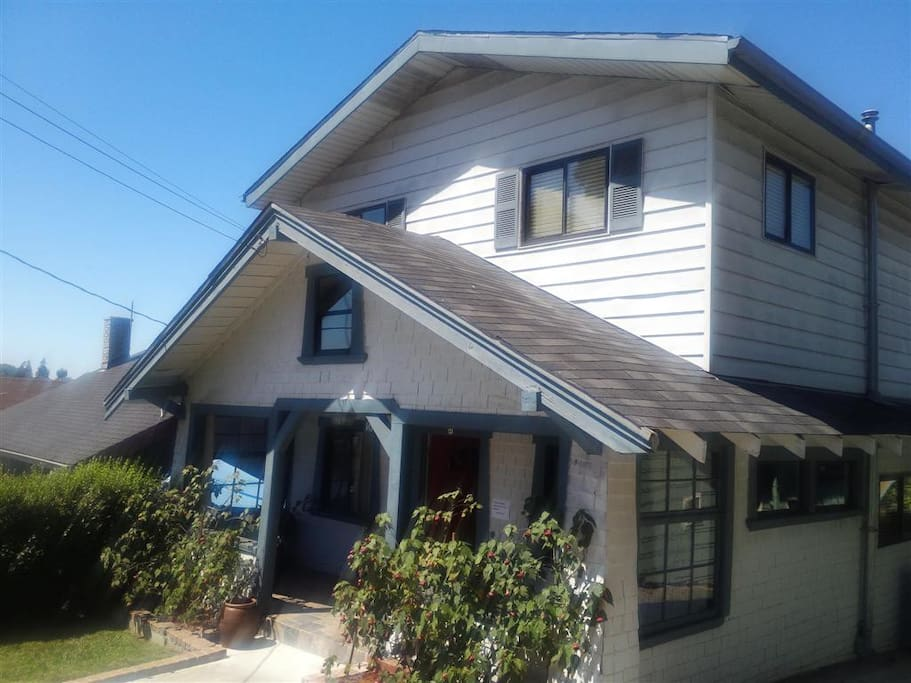 Spacious Room In Oakland Craftsman Houses For Rent In Oakland California United States