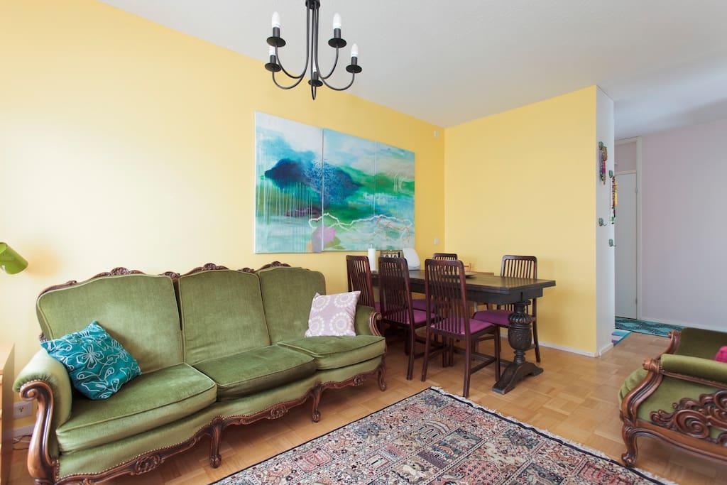 Living room. Sofa.