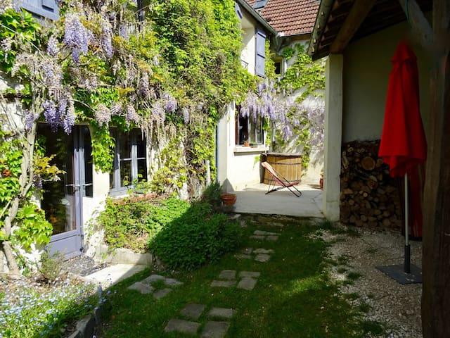 Maison Charme & Confort, sans voiture, 1h Paris