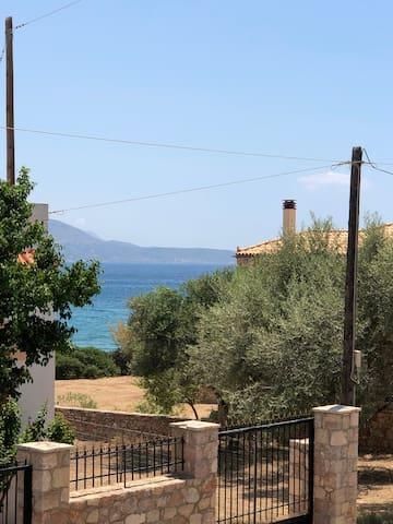 Καραβοστάσι - Νέο Διαμέρισμα με θέα θάλασσα