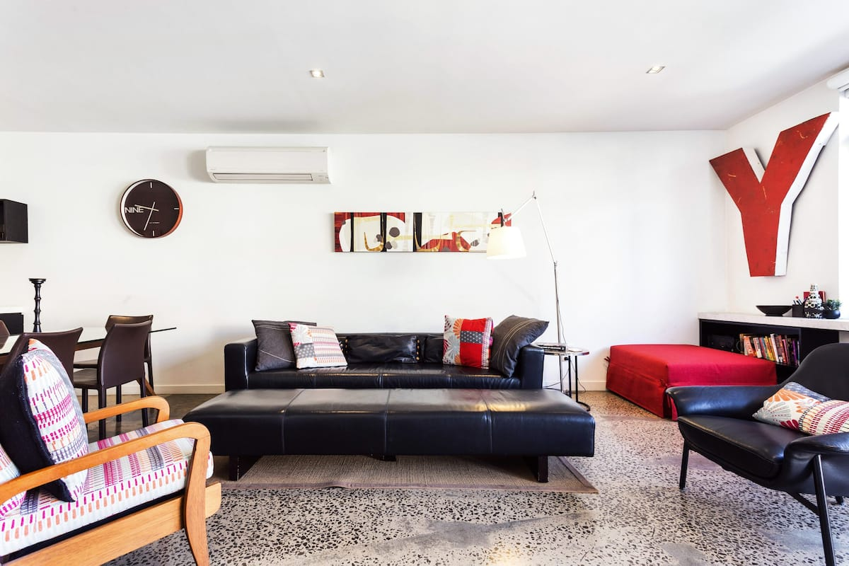 Glamorous, Open-Concept Apartment in Fitzroy