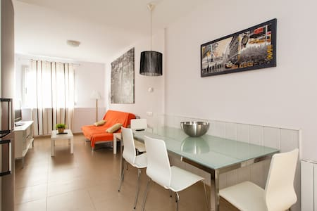 S12 Stylish apartment in Poble Sec