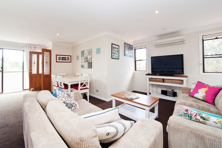 HOMELY BEACH RETREAT - Mona Vale - Daire