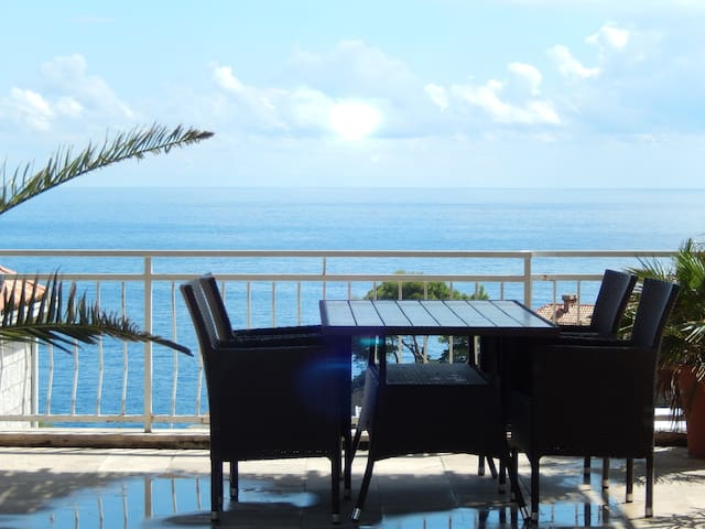 AMAZING SEA VIEW FROM HUGE TERRACE