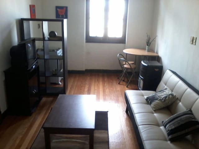 Nice flat in Palacio Salvo! Wifi!!! - Montevideo - Byt