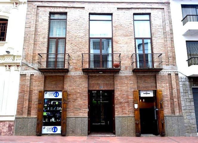 Premier Location In Centro Historico.