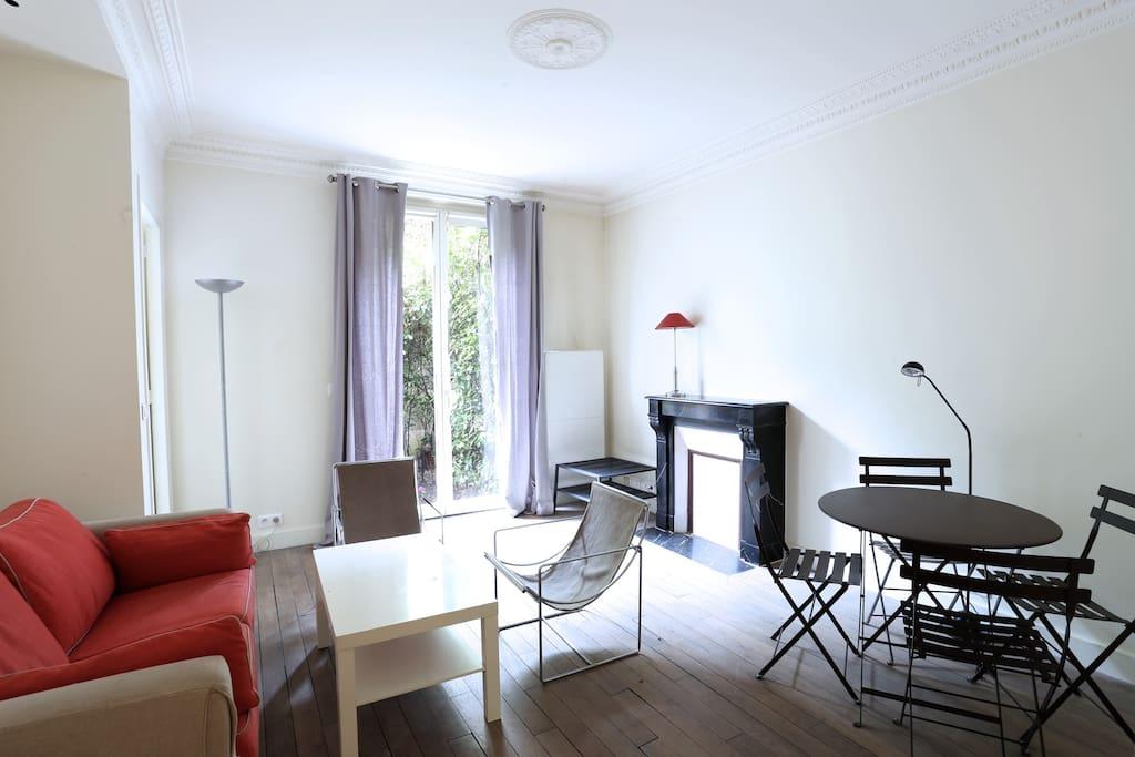 Bel appartement avec jardin paris16 flats for rent in for Appartement avec jardin a paris