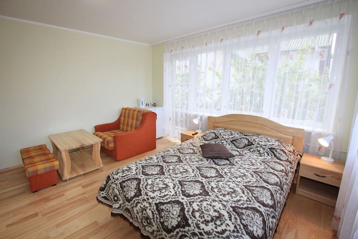 Bright and cool triple room