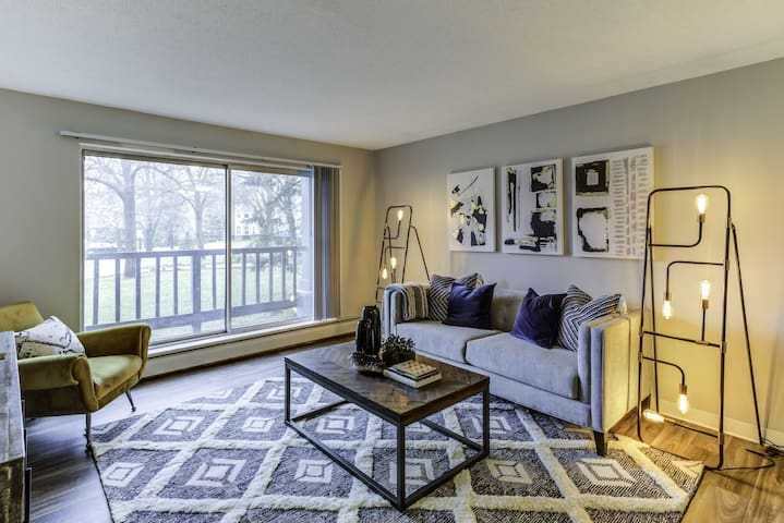 A place of your own | 1BR in Bloomington