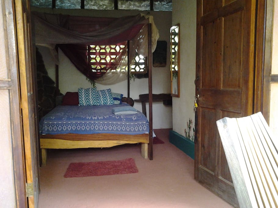 Simple yet charming bedroom which stays fresh at night to give you a perfect good night sleep.