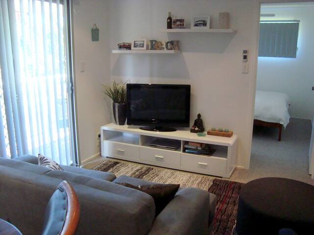 Modern self contained 2 Bdr Unit - Tugun - Appartement