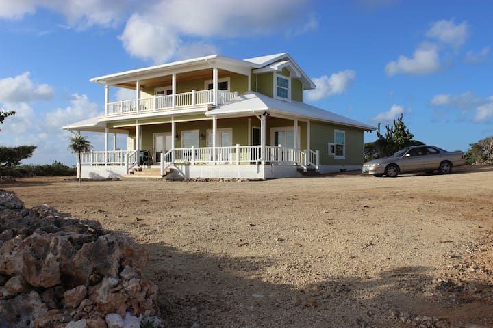 3BD House with Amazing Ocean View - Clarence Town - Haus