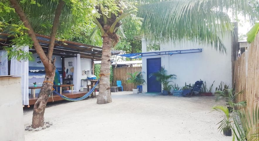 NEW Cozy Bantayan Summer House 1min to Beach <8pax