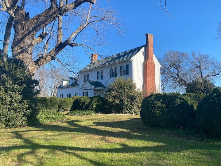 Clifton House- 1780 Historic Horse Farm