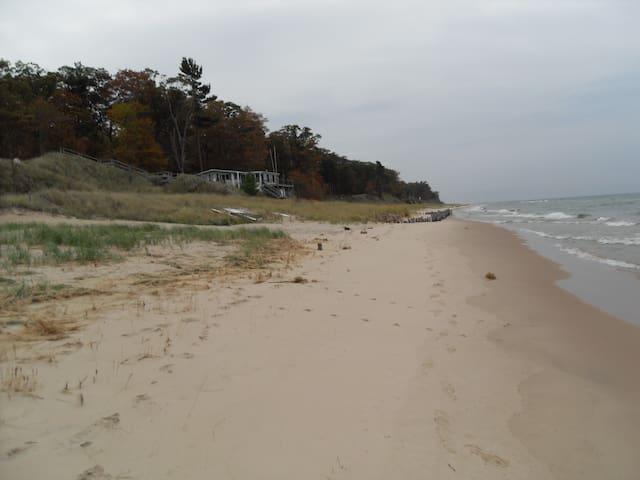 Sunset Beach #2 - Muskegon - Cabin