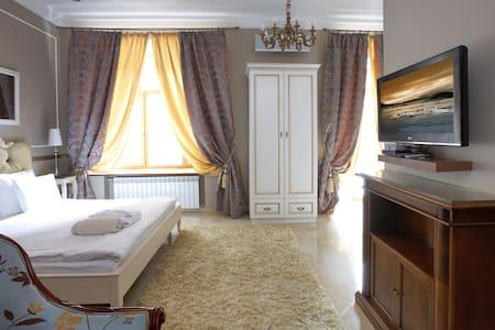 Luxury Studio Suite B2 - Kiev - Apartamento