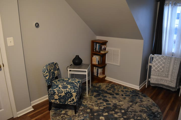 The book nook! Located upstairs. (Bedroom 1)