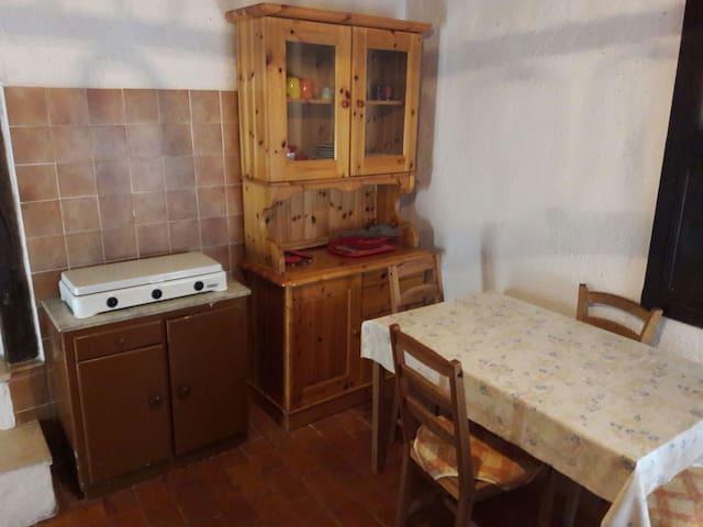 Casa su più piani - Monte San Vito - Hus