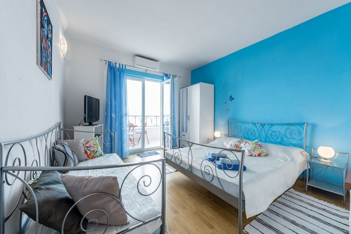 Blue Apartment Pisak Dalmatia - Pisak - Ev