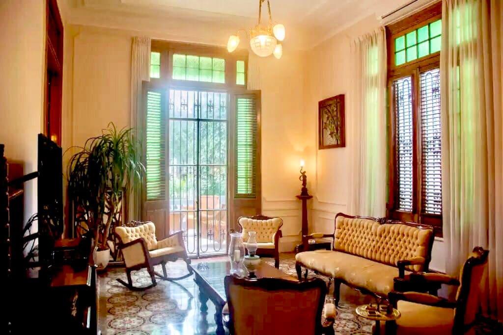 Casa Bonita 23 - Salón Francés / Living Room