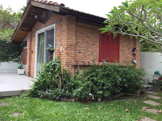 Um cantinho lá em casa - Florianópolis - House