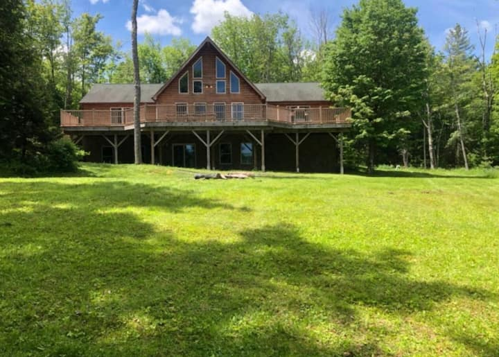 Mountain Home on 287 Acres and Private Lake