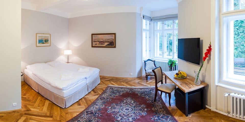 Great B&B close to Prague - Jevany