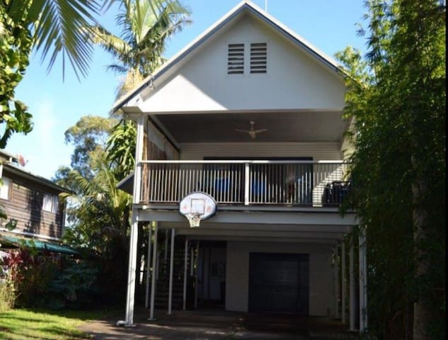Large beach house New Brighton - New Brighton - บ้าน