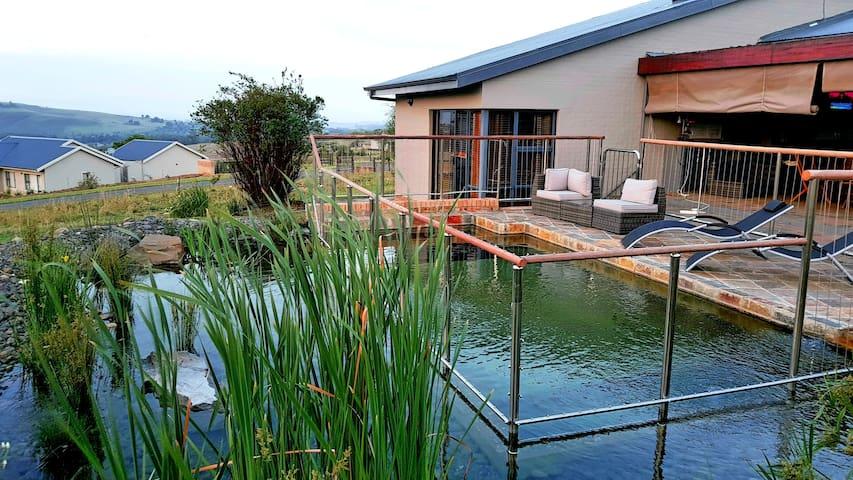 Dragon's Mist, Champagne Valley, Drakensberg