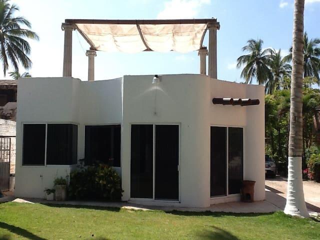 Casa en lo de Marcos pie de playa - Lo de Marcos - Hus