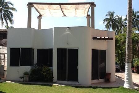 Casa en lo de Marcos pie de playa - Lo de Marcos - Huis