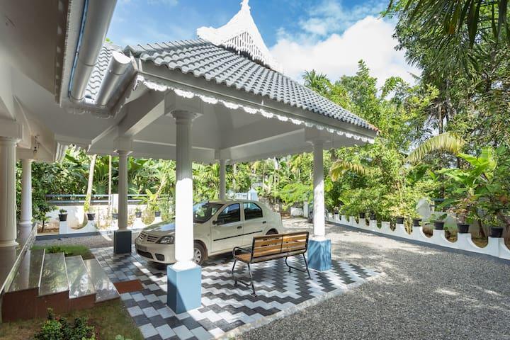 OSHIN - Entire Home near Cochin Airport