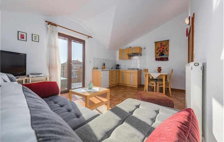Holiday apartment with 2 bedrooms on 49m² in Rovinj