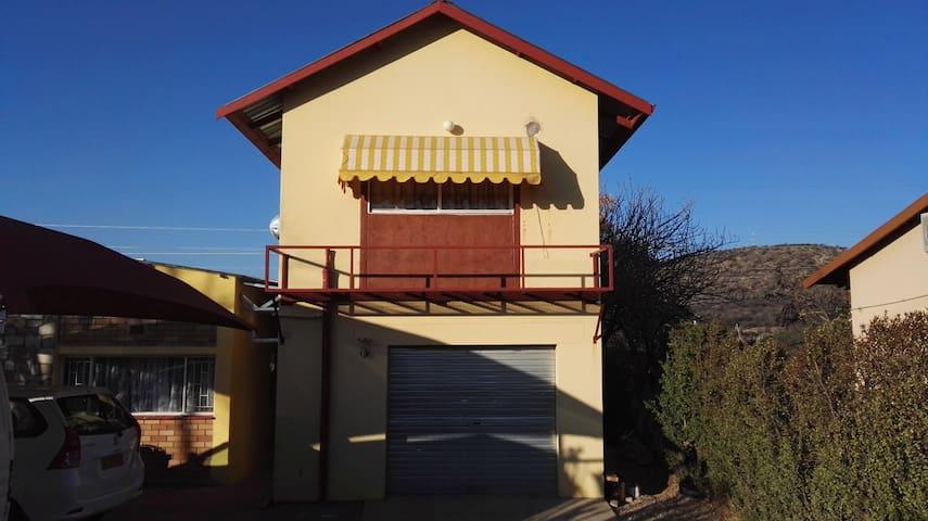 'ARC WHK' - Private, self-catering flat Windhoek - Windhoek - Huoneisto