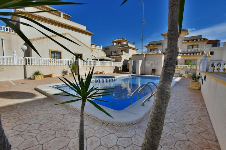 Two bedroom semi detached house is the Spanish style