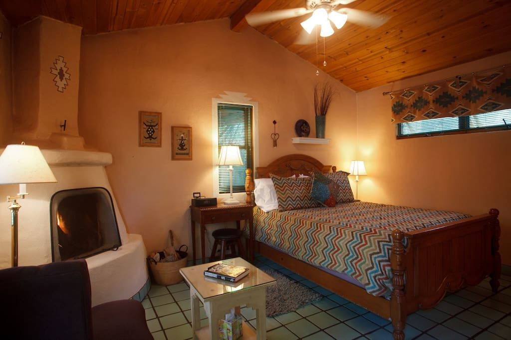 Kachina Room w/Queen bed, private bathroom, kiva fireplace.