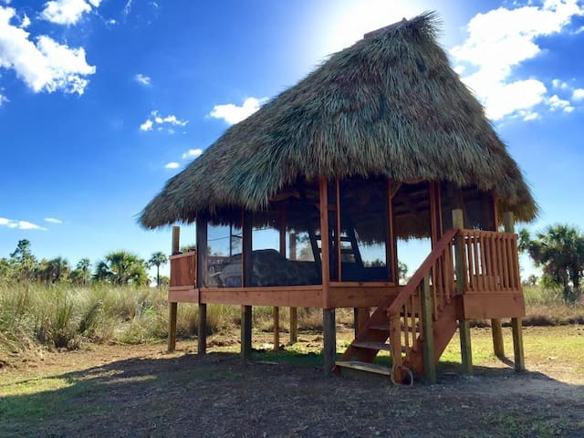 Safari Glamping Chickee Hut for 4 - Ochopee - Chatka