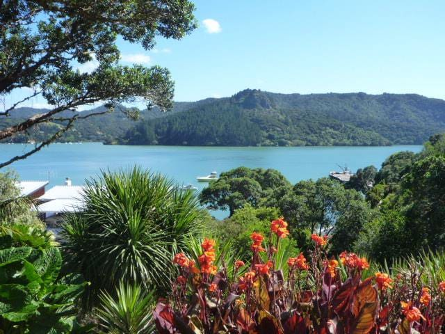 Large Apartment- Sleeps up to 11 - Whangaroa - Apartamento
