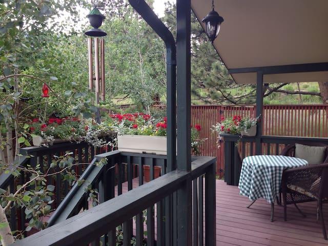 Restful Retreat - Walk to Downtown - Estes Park - House