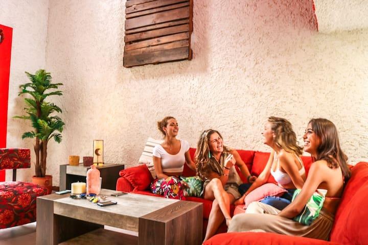 Jewls MEXICAN Villa!