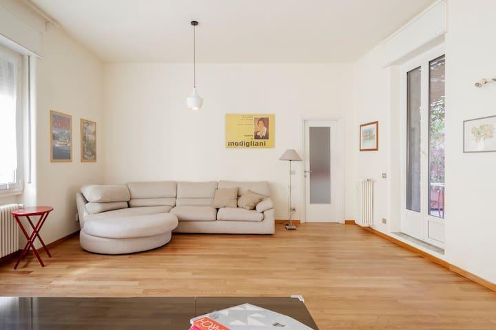 Spacious home in the Navigli area near subway