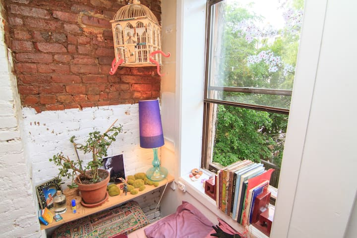 huge charming apt loft east village - Нью-Йорк - Квартира