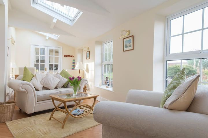 Sandringham Suite - Bacton - Apartment
