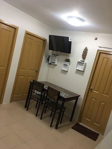 2BR Condo for 5 persons at 8 Spatial Maa
