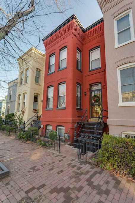 Classic row-house in the heart of Eastern Market