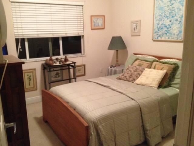 SUNNI's Secret - Homestead - Bed & Breakfast