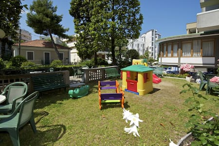 NICE APARTMENT CATTOLICA 50M TO THE BEACH - Cattolica