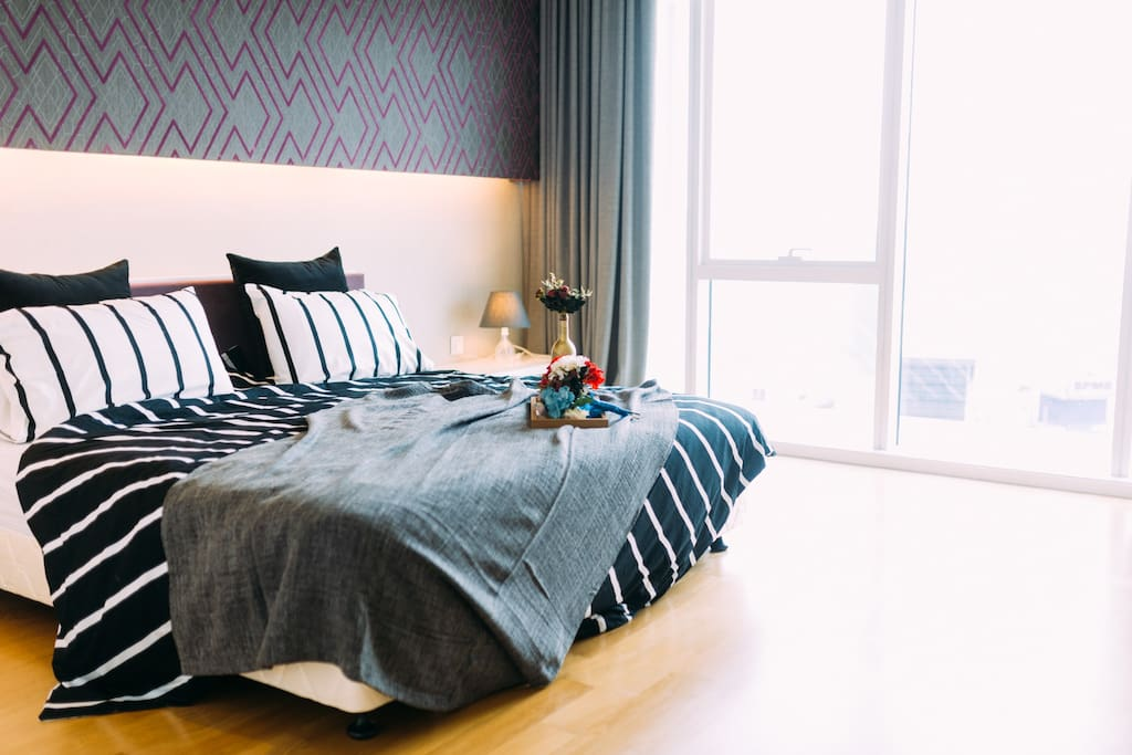 Master Bedroom 主卧室